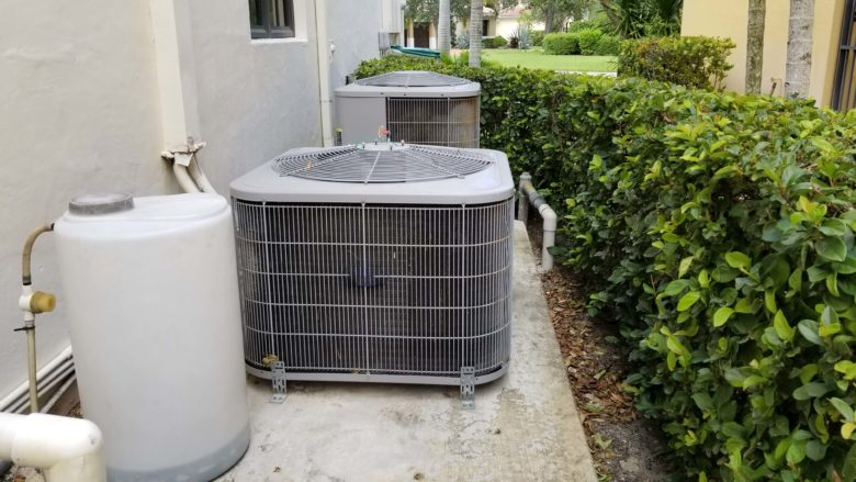 HVAC repair Labelle, FL, ac unit outside Florida home